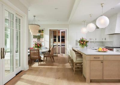 Lakeside Retreat kitchen